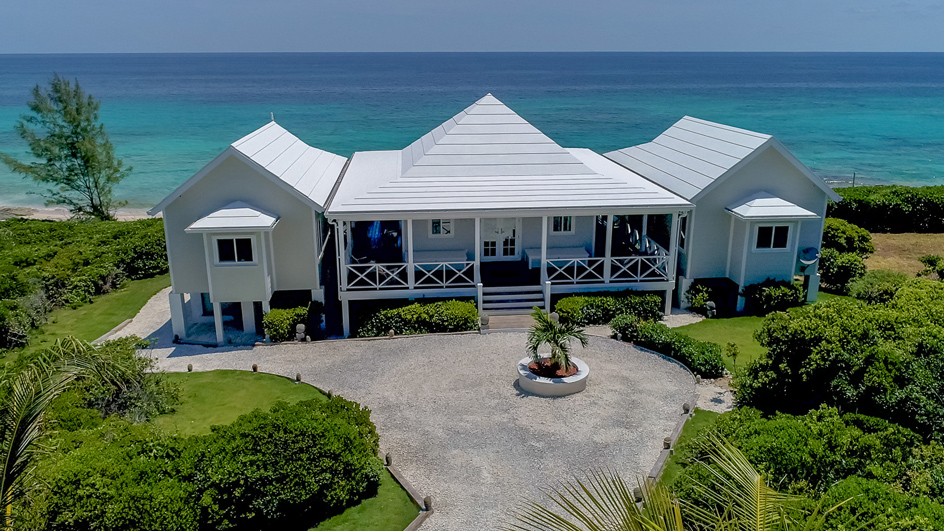 Beach Front Vacation Rental in Guana Cay